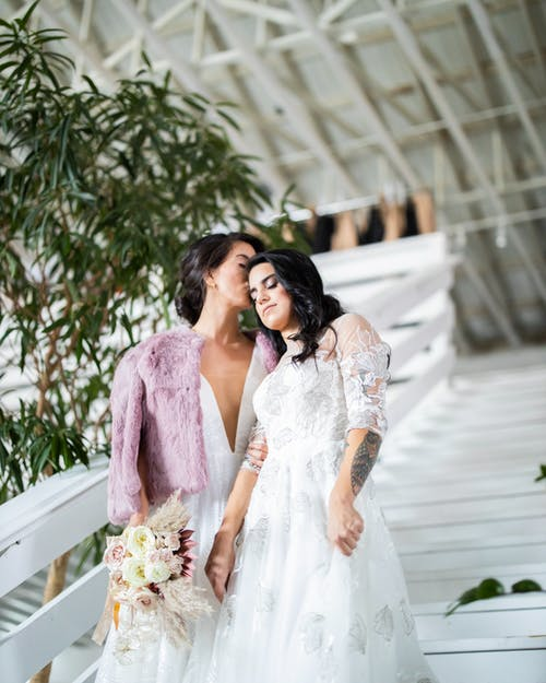 How to minimize wedding stress for the bride