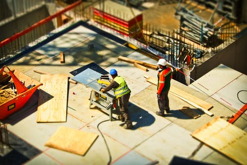 What you have to know about hiring home builders for construction