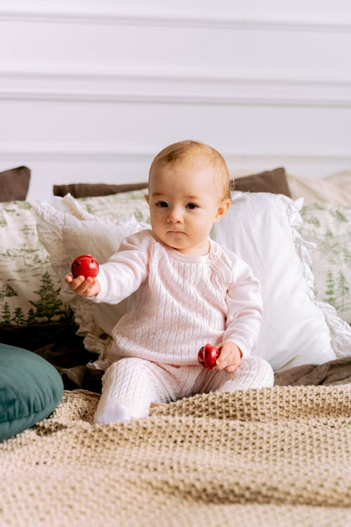 Essential things to remember when choosing the perfect baby toys